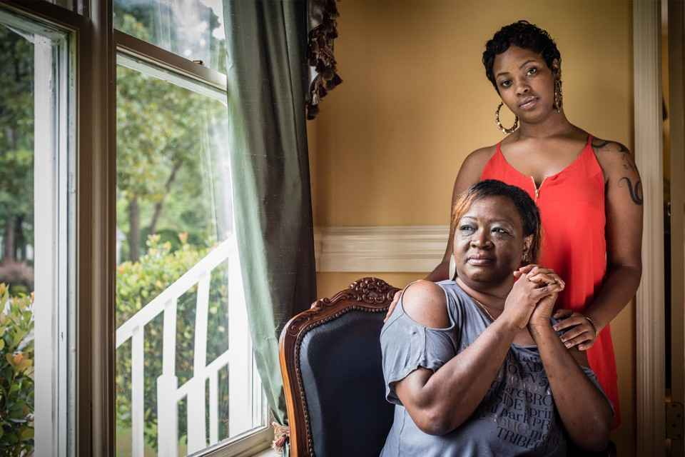 Niya Kenny and her mother in their home
